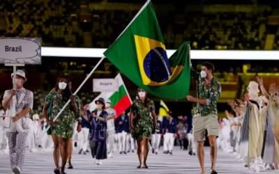 Delegação do Brasil samba na abertura de Tóquio'21
