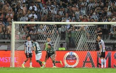 Atlético vacila com o Palmeiras e dá adeus a Libertadores