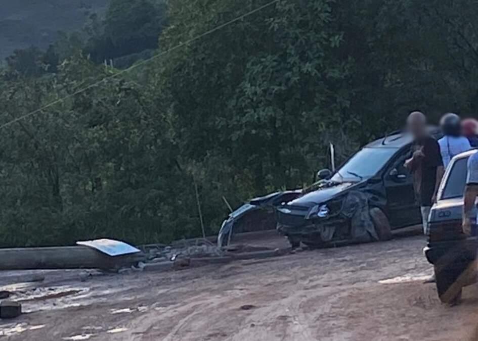 Sem habilitação, motorista sofre acidente no Mamonal e acaba detido